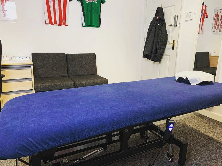 Injury Sports Massage Personal Training Lincolnshire Newark Lincoln Gainsborough  Sports Therapy