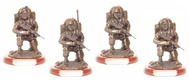 kneeling soldier models, military gifts, presentation engraved in tidworth british army