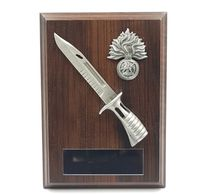 Military_wooden_plaque_bayonet_plaque_wooden_shield_military_presentation_regimental_leaving_gift