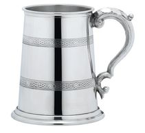 personalised pewter tankard celtic design celtic band engraved gifts tidworth reads gifts