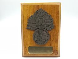royal_Regiment_of_fusiliers_plaque_wooden_shield_military_presentation_regimental_leaving_gift