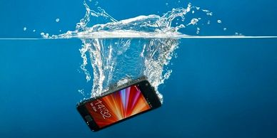 water damage cellphone dropped phone in water can my water damage phone be fixed excess moisture