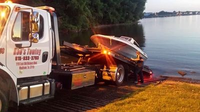 Dad's Towing Service - 24-Hour Auto Towing, Emergency Towing