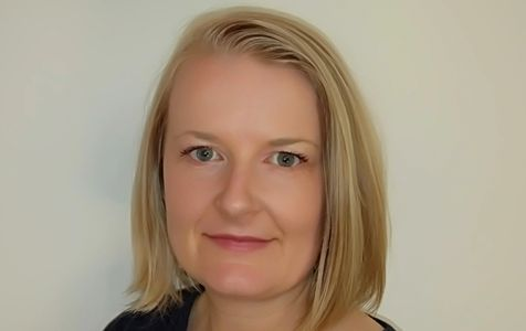 Lisa Alsop Osteopath servicing Upwey Bayswater Belgrave.  Pain relief for back & neck pain & injury.