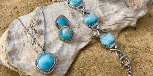 Beach Treasures in Duck |  Gemstone Jewelry Collections