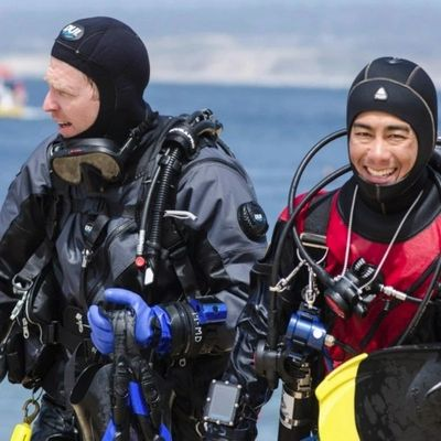 Learn to Scuba Dive North West suburb's premier scuba training facility Lake In The Hills Illinois.
