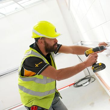 Electrical contractor Southampton JJES Ltd Commercial electricians