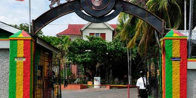 Bus sightseeing highlight of the city with a stop at the famous Bob Marley Museum Shopping stop at a