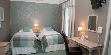 Twin Room at Foxhills of Shanklin