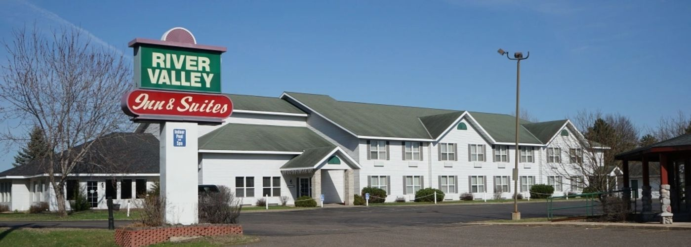 Pet friendly hotel | motel | lodging in Osceola, indoor pool & hot-tub, hot-breakfast, non-smoking