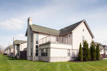 Bercley Woods Condominiums Luxury Condos For Rent In