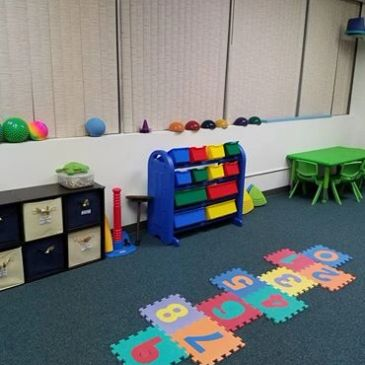 Speech Language Pathology in Motion Hauppauge Clinic, therapy room, sensory gym
