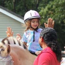 hippotherapy, speech therapy, high five, speech in motion camp program, autism therapy