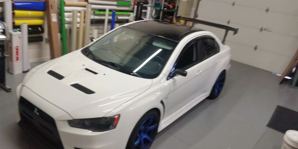 Gloss Black Roof Vinyl Added