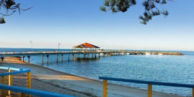 Stay at Ainslie Manor and enjoy what Redcliffe has to offer.