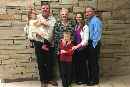 The Stephen Family - Walt & Karlon Stephen, Matthew,  Michelle, Noah & Maelynn Duprey