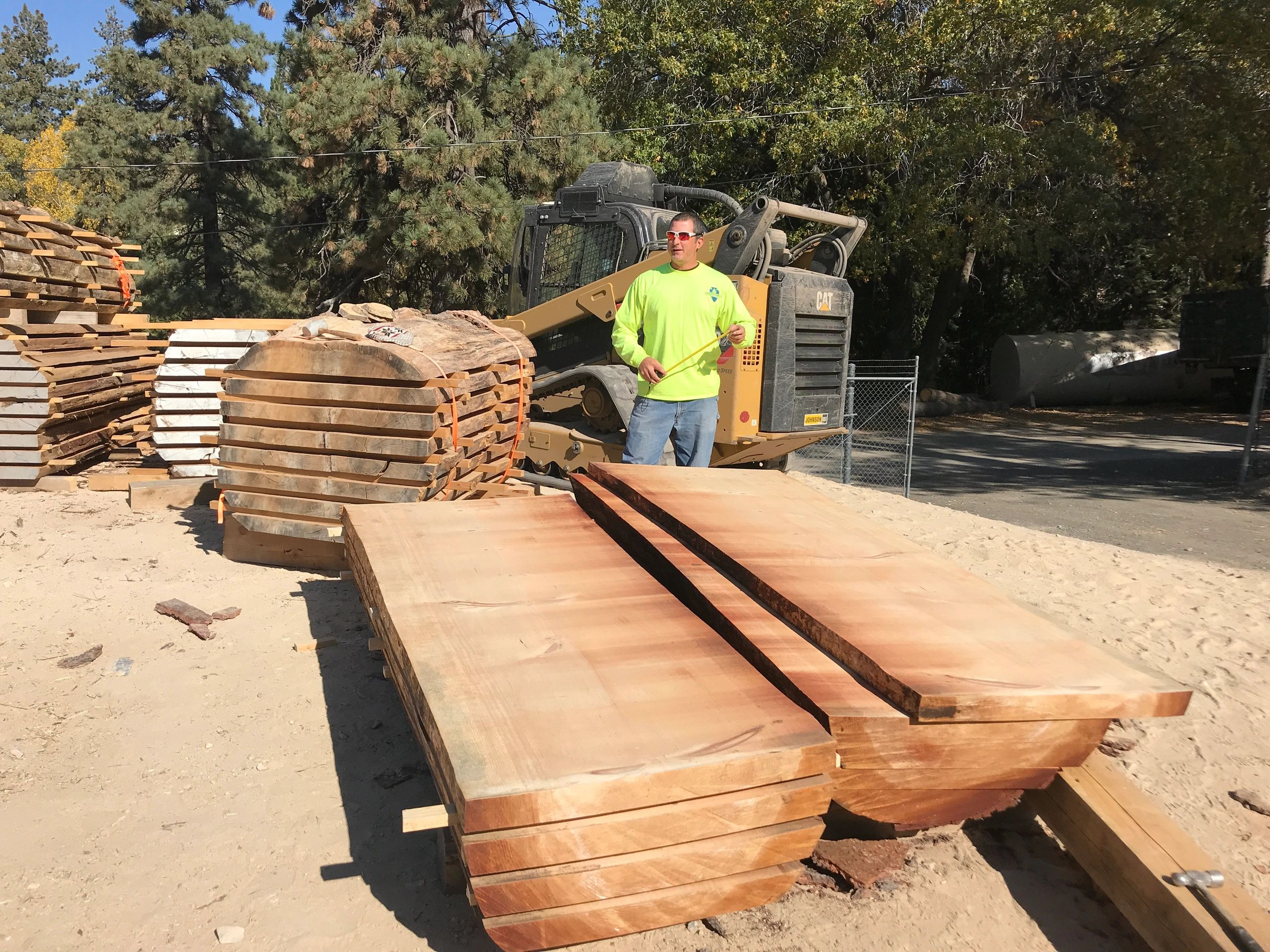 four square lumber mill • four square edges • fewer defects top choice is lowe's exclusive mark of quality lumber hand selected at the mill to be square.