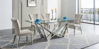 Modern and Stylish Dining Table.