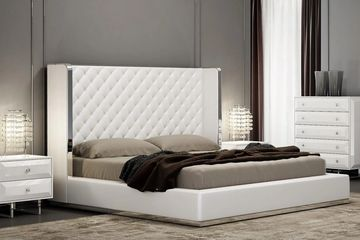 Tufted Contemporary Bed