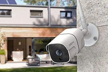 EFFECTIVE AND VERSATILE AUTOMATED CCTV SURVEILLANCE CAMERA SYSTEM, WITH MODULAR PLUG-AND-PLAY HARDWA
