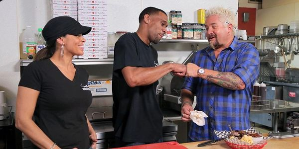 Smitty's Wings and Things | As Seen on Diners, Drive-Ins and Dives with Guy Fieri