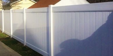 solid vinyl privacy fence