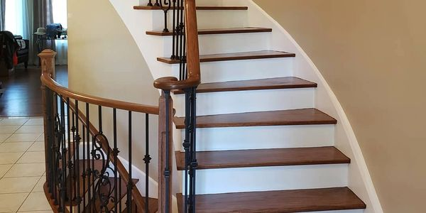 Stairs Refinishing & Recapping