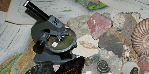 Rocks and Fossils collection for KS2 workshop, visiting scientist, Key Stage 2 science STEM school w