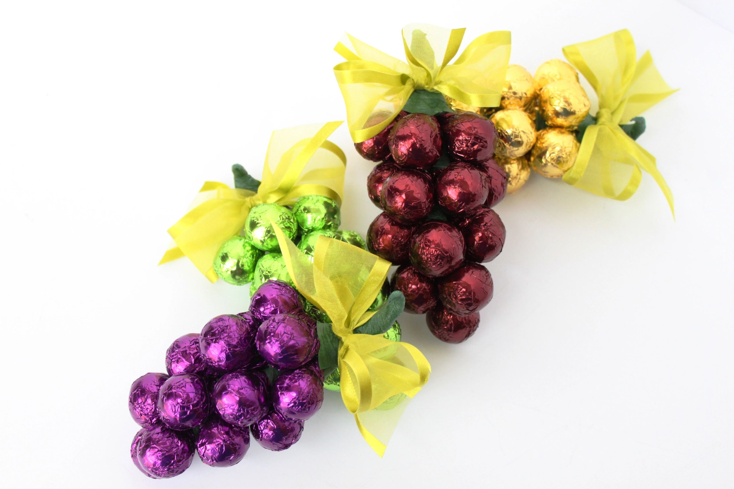 Chocolate Grape Cluster
