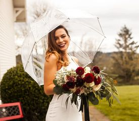 Clear umbrella rentals in Snohomish Bothell Seattle Lynnwood