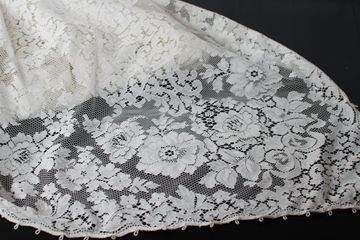 vintage lace table cloth rental