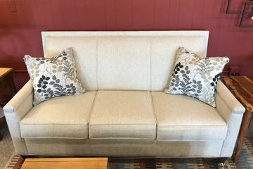 Marshfield apartment sofa