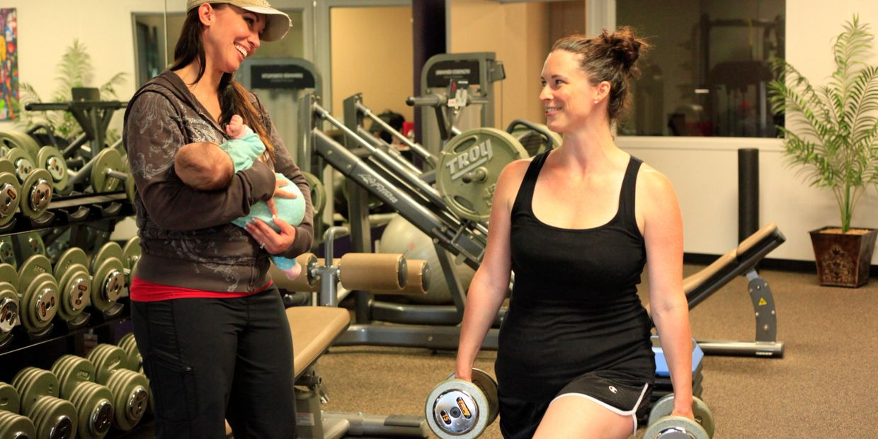 Postnatal exercise, mommy-and-me-workout, fitness after baby, postnatal fitness, baby & me workout