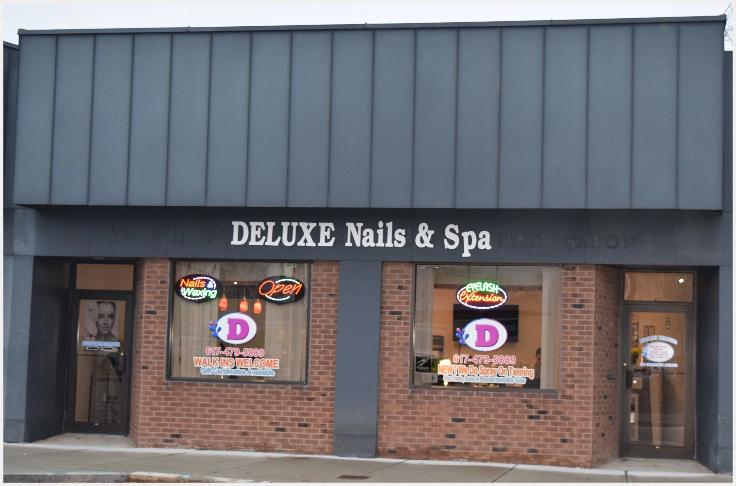 Deluxe Nail and Spa in Quincy, Massachusetts