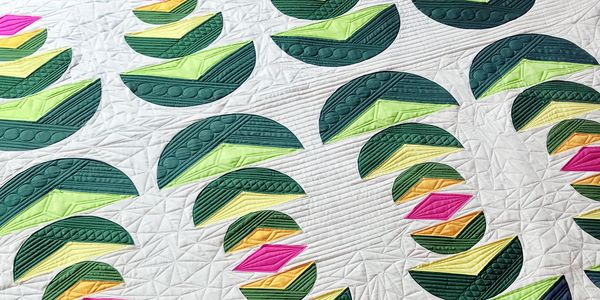 Palm Fronds curves and diamonds modern quilt and quilting