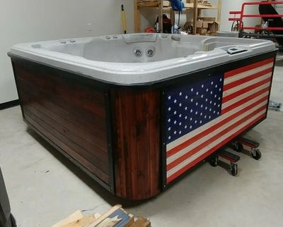 Old Glory Refurbished Hot Tub