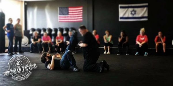 Instructor Ian Elliott - Ground Combatives