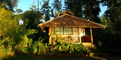 Walindi bungalow set amongst tropical gardens