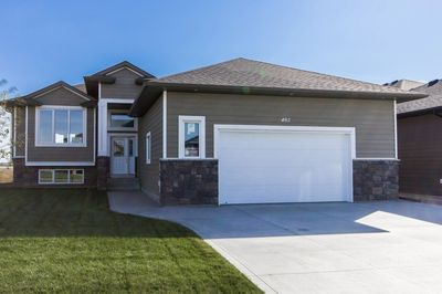 402 Prairie Dawn Drive - Sunshine Meadows Dundurn