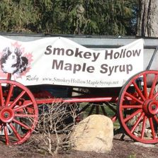 Signage to Smokey Hollow Maple Syrup entrance.