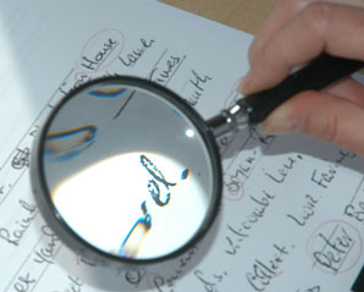 The Handwriting Examiner Forged Document Document Analysis