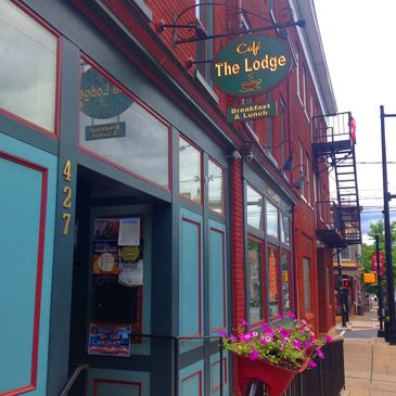 3d7147b2805 Cafe the Lodge offers more than a job to those with mental illness