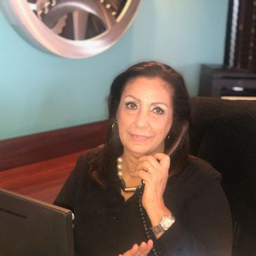 Maribel Baez Receptionist at Crexent Business Center