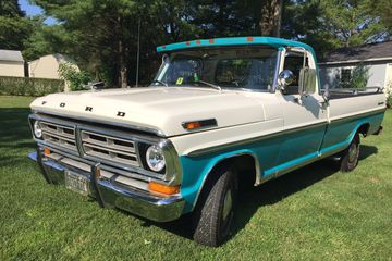 1972 Ford F100 Ranger pickup truck 1970s two tone picture truck picture car movies wedding rustic
