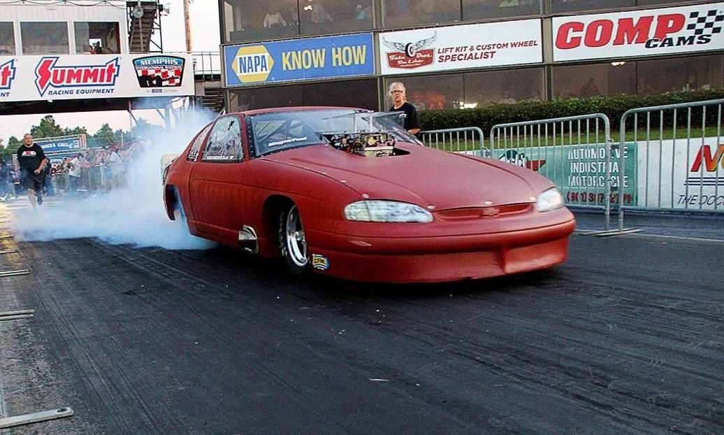 Kelly Bluebaugh Wins the Big Tire Outlaw Event at Street Outlaws