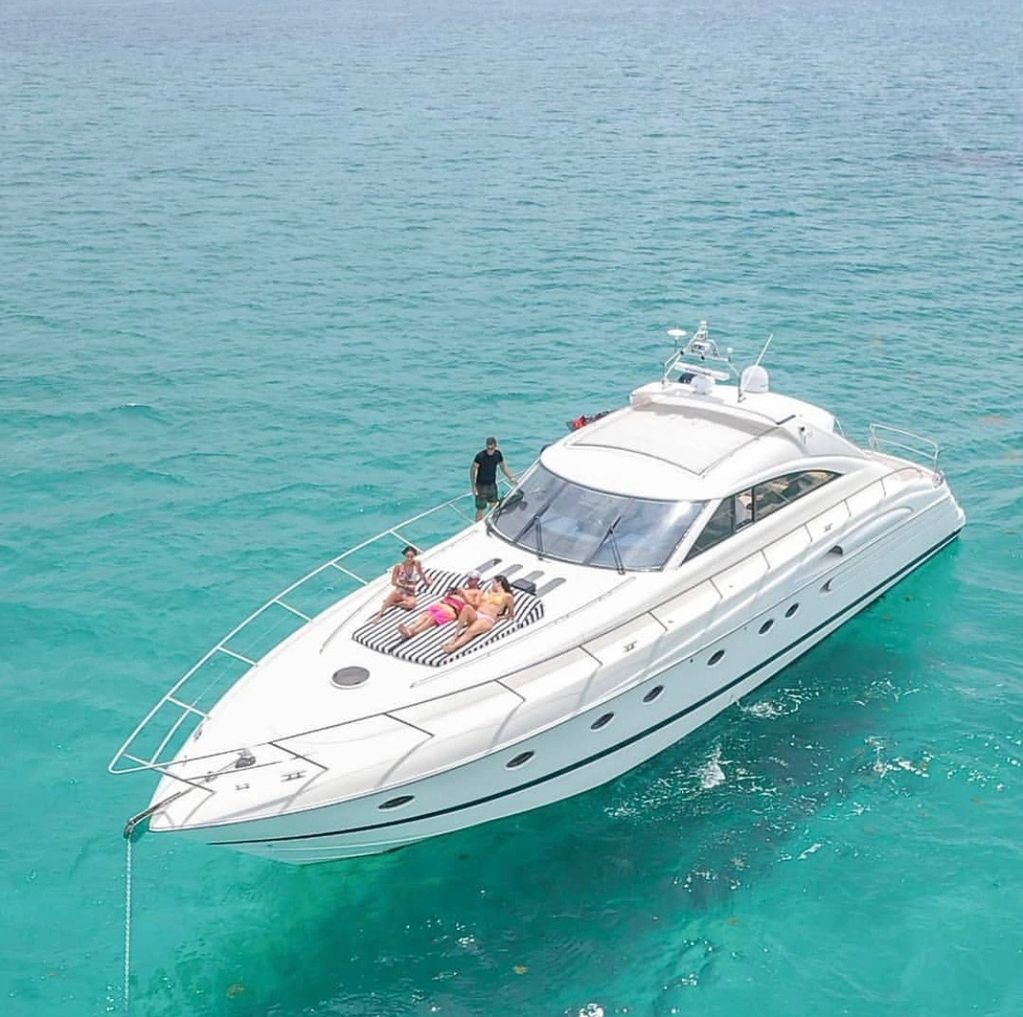 3 Staterooms Full  Crew Included Ice Maker Float Island  Based in beautiful Miami Beach Marina