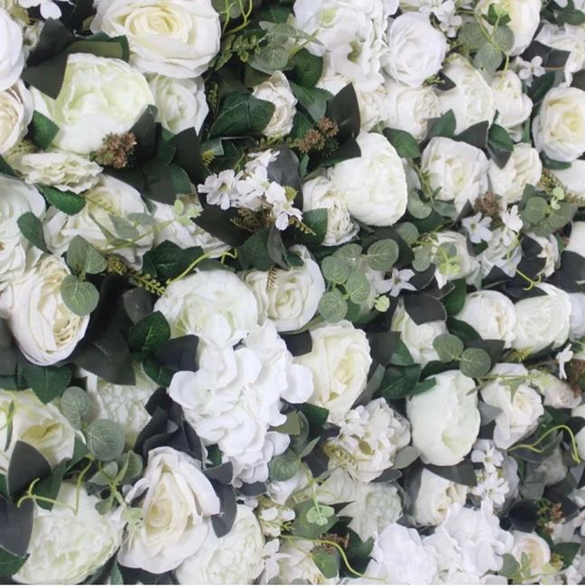 Our gorgeous Mia Flower wall measures a beautiful 8ft x 8ft. Perfect for standing behind a ceremony