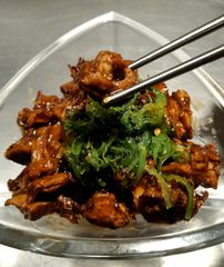 Jack-fruit General Tso with Seaweed Salad.