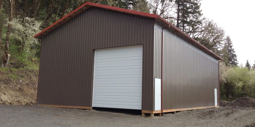 Large shop facility to provide space for a camper van project.  Includes mechanical and woodworking.