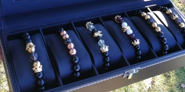 Bracelet Collection, Gift box.